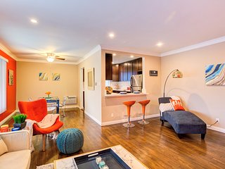 WEST HOLLYWOOD LAVISH 2BR-2BA APT IN ONE OF THE BEST PART OF LOS ANGELES!!