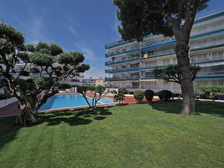 SDL Sea & Pool Apartment