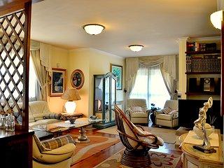 Villa in bifamiliare 9 posti letto