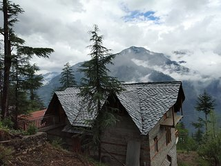 Ishan log huts