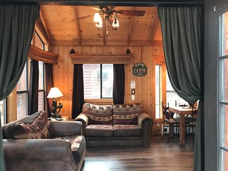 Knotty Bear Bungalow  South lake Tahoe