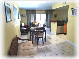 Miami, Dadeland, Kendall,South Miami Spacious 1 Large Bedroom / 1 Bathroom