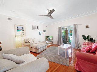 COSY ESCAPE - UMINA BEACH