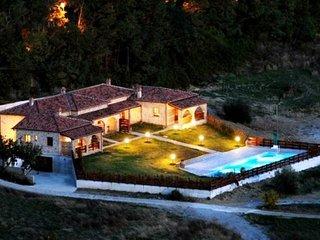 Italie - Toscane - Bungalow en pierre: Le Brunello