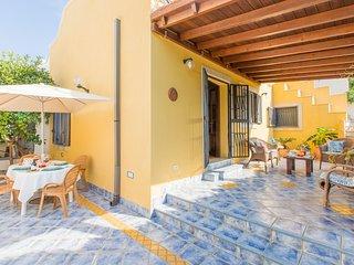 Cozy villa in Specchiolla with Parking, Washing machine, Air conditioning, Garde