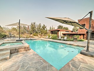 Luxury Palo Alto Estate w/ Resort-Style Amenities!