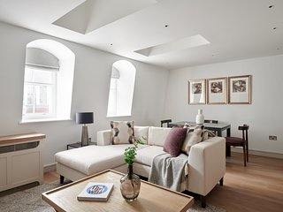 Classic 1BR in Covent Garden by Sonder
