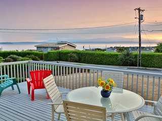 NEW LISTING! Family-friendly home with beach access & water view!