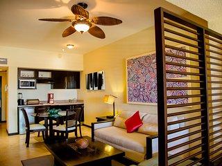 AMAZING LOCATION! Rental on Medano Beach with Balcony, Spa On-Site!