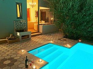 Pelagos, vue mer, piscine privée, plage accessible à pied