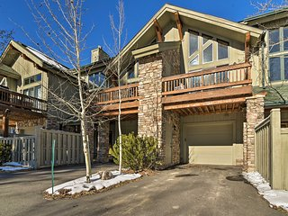 Cozy Townhome 4 Miles to Winter Park Resort!