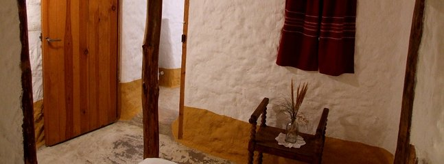 Cuevas Al jatib -  Cave 2 (for 4-5)