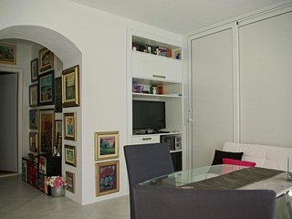 Cozy apartment in the center of Makarska with Internet, Washing machine, Air con
