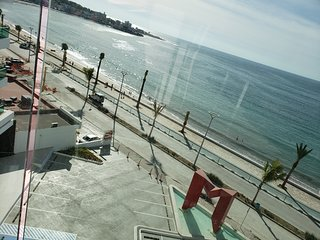 Torre eMe # 514 Best Location Oceanfront, Beach Access, Incredible Views