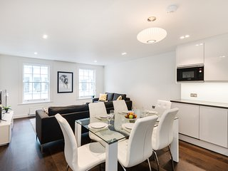 152. IN THE HEART OF SOUTH KENSINGTON - NEW 3 BEDROOM APARTMENT
