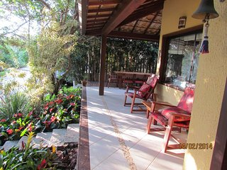 Excellent House in Condominium very close to Rua das Pedras BUZO02