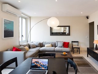 New Cannes central apartment 3 Min's walk from festival hall and beaches