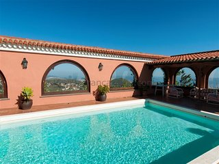 5 bedroom Villa in Tafira, Canary Islands, Spain - 5622081