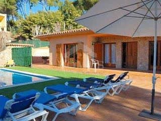 Tamariu Villa Sleeps 10 - 5689770