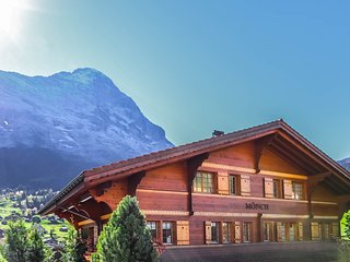 Excellent flat with a fantastic view of the Eiger!