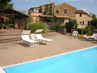 2 bedroom Villa in Capannino della Suvera, Tuscany, Italy : ref 5693933