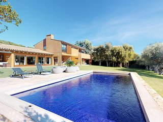 5 bedroom Villa in Vall-Llobrega, Catalonia, Spain : ref 5693147