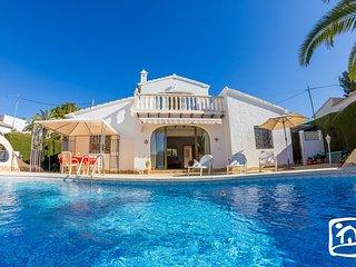 Casas de Torrat Villa Sleeps 4 with Pool Air Con and Free WiFi - 5401396