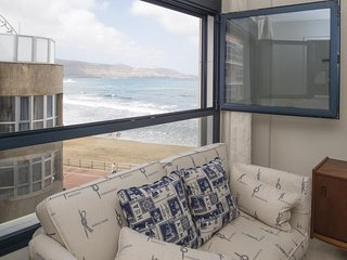Charming beachfront apartment
