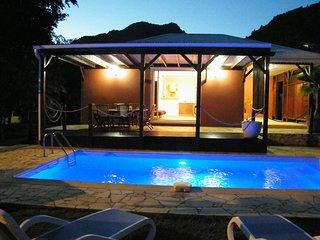 Villa with swimming pool, near beach (MQDI23)