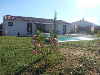 3 bedroom Villa in Saint-Didier, Provence-Alpes-Côte d'Azur, France : ref 569398
