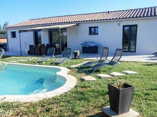 3 bedroom Villa in Saint-Didier, Provence-Alpes-Côte d'Azur, France - 5743864