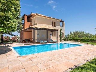 Aphrodite Villa IV. Private Pool. 800m Beach.Sleeps 8.