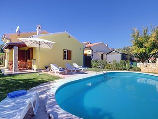 2 bedroom Villa in Banjole, Istarska Zupanija, Croatia - 5693424