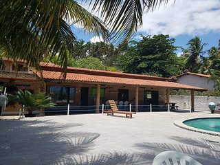 Casa Beira Mar, praia exclusiva para sua família e seu Pet, em Maragogi.
