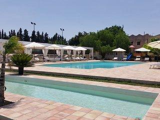 Casa vacanze Barbera con piscina e campi da tennis