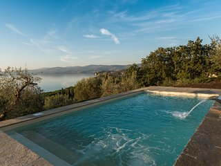 3 bedroom Villa in San Feliciano, Umbria, Italy - 5693135
