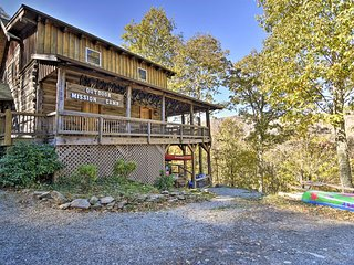 NEW! Cataloochee Camp Cabin - 1 Mile to Ski Area!