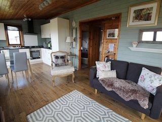 Puddock Farm Pine Lodge - Malthouse