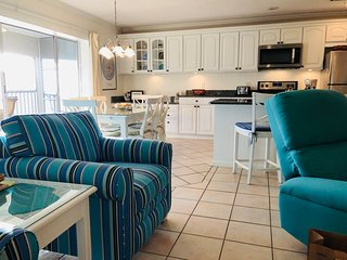 Open Kitchen|Beautiful, Remodeled, Wifi, W/D - $Discounts