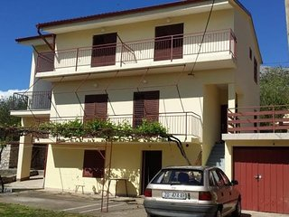 Spacious apartment in Seline with Parking, Internet, Air conditioning, Balcony