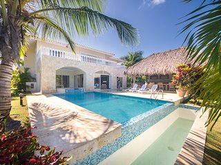 Punta Cana  Bachelor Party 14.5 BR Villas Coco PRICE MATCH