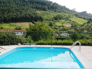 Spacious villa in Villaviciosa with Parking, Washing machine, Pool, Terrace