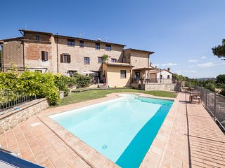 Spacious apartment in Marsciano with Parking, Internet, Air conditioning, Pool