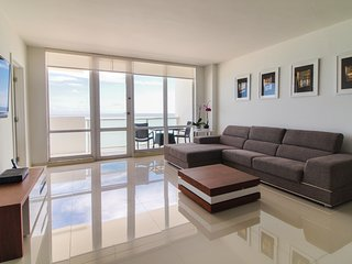 Ocean Front Village Apartments - D / Miami Beach Oceanfront 2 Beds-2 Baths