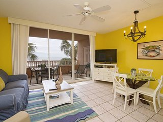 1 Bedroom with Bonus Bunk Area ~ Gulf Front ~ Beach Club 202D ~ Great Amenities