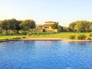 VILLA RIBOT- Rural property in Canyamel. Private pool. BBQ Clear views. Families