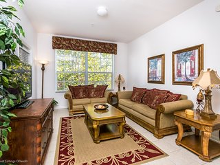 Lovely 3BR 2Bth Windsor Hills Resort Condo, 2 Miles From Disney