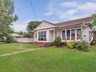 3 BR Home Close to Eastern Creek, Western Sydney