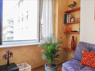 Moscova II apartment in Porta Garibaldi with WiFi, integrated air conditioning &