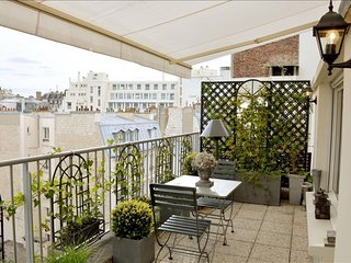 Trocadero Terrace apartment in 16eme - Bois de Boulogne - Trocadero with WiFi, a